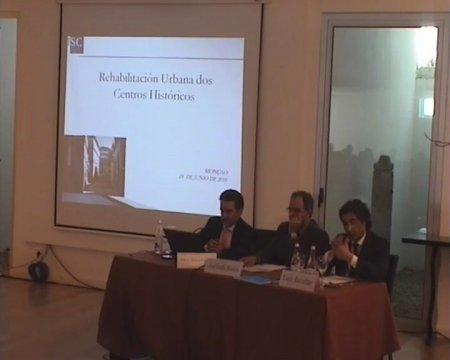 Dr. Antonio Roma Valdés. Fiscal Especial de Urbanismo de Galicia. Grabación lado mesa ponentes - Seminario luso-galaico de dereito local. Dereito do Urbanismo